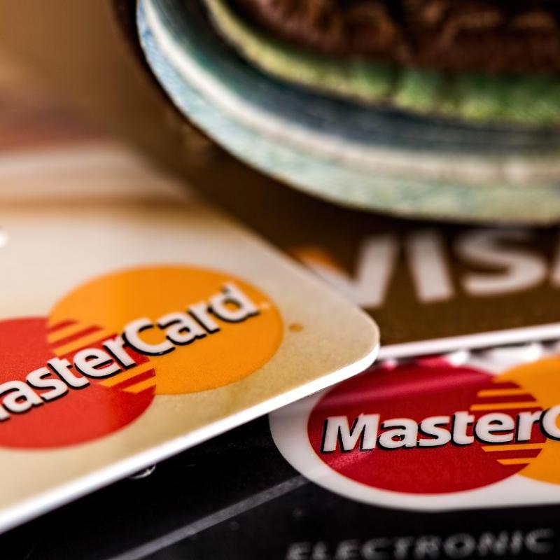 [新しい生活に関するアンケート結果]新型コロナウイルス感染拡大により「クレジットカード・電子マネー などキャッシュレス決済の利用」が増加したのは32.8%!